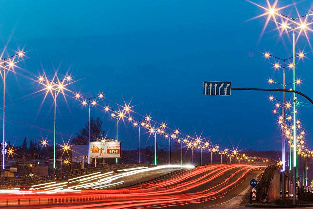 Воздухофлотский проспект в Киеве засиял светодиодами
